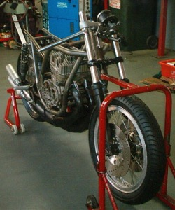 Kawasaki H2R Racebike 1971 Chassis and Suspension Mods